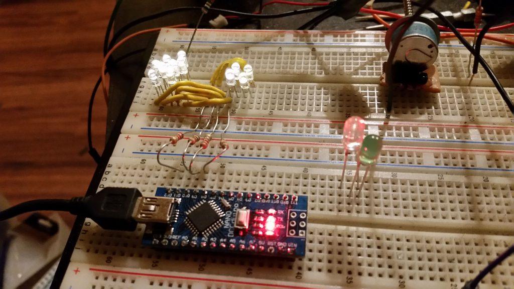 12 LED charlieplex, 4 pins, Arduino Nano (clone)